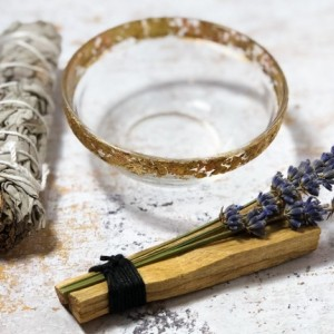 New Beginnings Smudge Set, Cleansing, Renew, Healing, Positive Vibes, Sage, Palo Santo, Gold and Copper Trim Bowl
