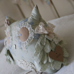 Large decorative Shabby Chic Owl -Large