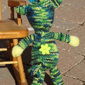 Stuffed Animal Toy, Giraffe, Hand Knitted Toy, Baby Gift, Camouflage Toy, Kids Toy, Camo Toy, Knit Giraffe