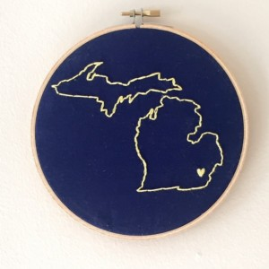 U of M Embroidery Hoop Wall Art Hanging