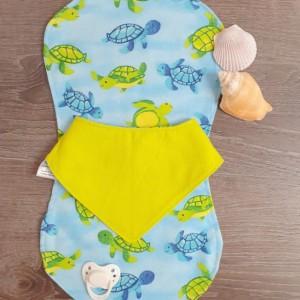 Sea Turtle Print Shoulder Pad & Baby Bandana