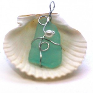 Aqua glass pendant