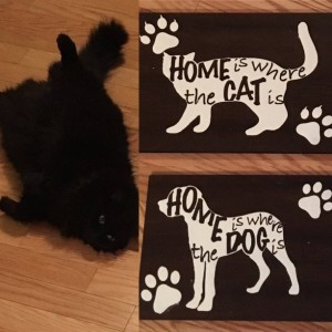 Pet Home Sign