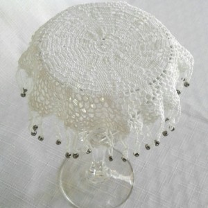 Petal Beverage Veil II in White