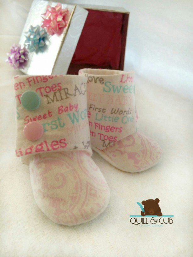 Baby Booties- Baby Boots- Gender Announcement- Coming Home Outfit- Crib Shoes- Child Slippers- Baby Girl Shoes- Infant girl Shoes- 0-24mos