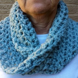 Chunky Mobius Cowl, Infinity Scarf