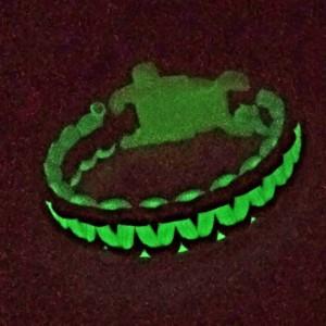 Glow In the Dark Paracord Survival Bracelet
