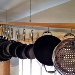 Hanging Wooden Pot Rack For 8 Piece Pot And Pan Set