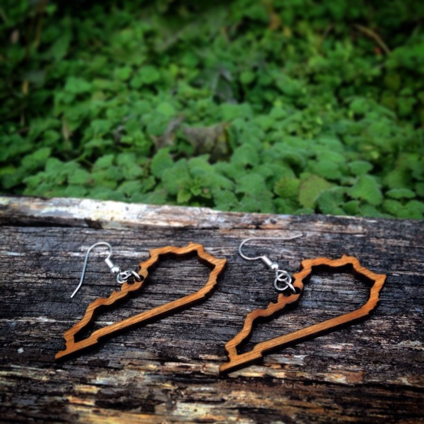 Wooden Kentucky State Outline Shape Dangle Earrings - FREE US SHIPPING