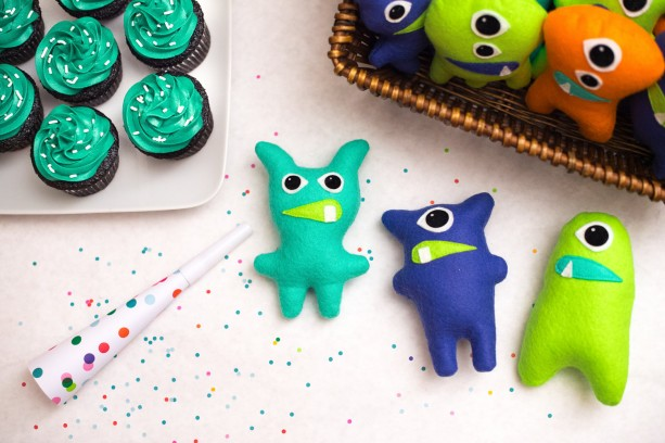 Set of 8 felt monsters Adopt a monster party favors Little monster theme Monster 1st birthday Monster Bash Stuffed Monster Plush Monster