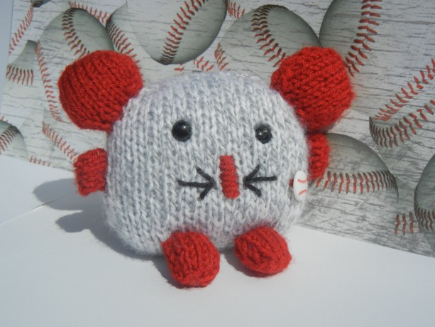 Hand Knit Mouse, Knitted Toy, Knitted Mouse with Baseball Ball, Baby Toy, Plush Toy, Small Toy, Stuffed Animal, Soft Baby Toy, Ready to Ship