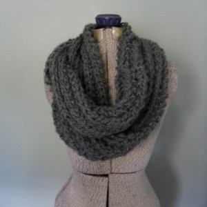 Gray Chunky Infinity Scarf, Men's Cowl Scarf, Unisex Knit Scarf, Stormy Weather Eternity Scarf