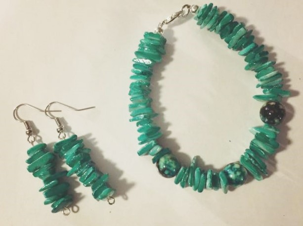 Turquoise Bracelet and Earring Set