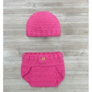 Cover diaper and beanie crochet. Baby. Babies. Photo crops. babygirl. babyboy. crochet clothes. Newborn.