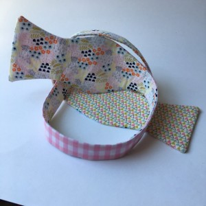 Pink bow ties, gingham bow ties, geometric designs, reversible bow ties, self tie bow ties, magnet tie, wedding accessories, pink gingham,