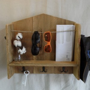Pallet Wood Entryway Organizer, Pallet Key Hooks with Shelf, Sunglasses Holder, Rustic Home Decor