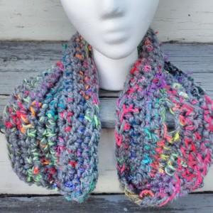 Keyhole scarf, multicolored short scarf, wool free