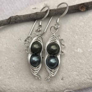 Two-Pea Sweet Pea Pea-in-a-pod style Earrings