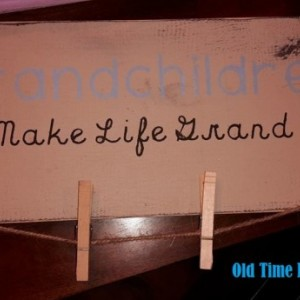 Grandkids make life grand, wooden sign, grandparents gift, grandparents day, grandparents present, hang pictures