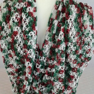 Lover's Knot Infinity Scarf  in Holly & Ivy