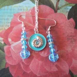 Sea Sundial Pendant Necklace and Earring Set
