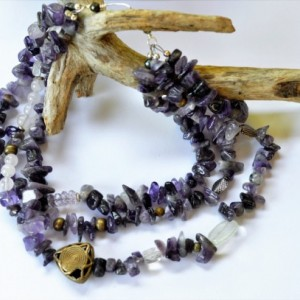 Amethyst stone necklace,  Chunky Amethyst Chips ,  African tribal  necklace, Amethyst bead necklace, Statement necklace, Short necklace