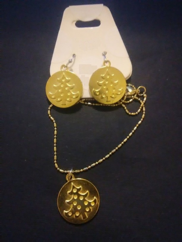 Gold Christmas Tree Charm Jewelry