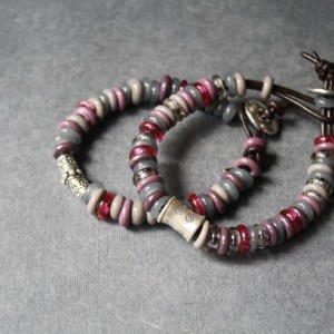Glass Beaded Bracelet - Grey Pink Dusty Color - Silver Piece