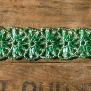 Kelly green fan bracelet