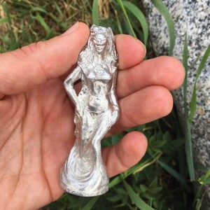 Witch or enchantress pewter figurine, hand cast
