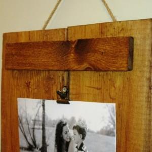 Reclaimed Wood Frame, Photo Clipboard, 4X6 or 5X7 photo frame, rustic stained wood pallet photo frame