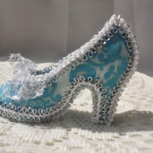 Little blue rococo shoe