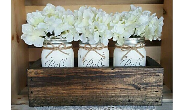 RUSTIC SMALL PLANTER BOX WITH JARS