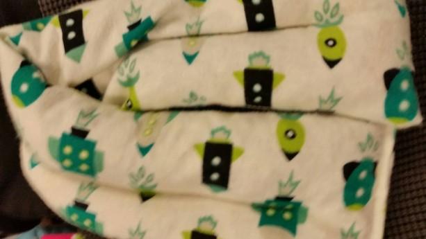Green space ships Microwavable corn bag