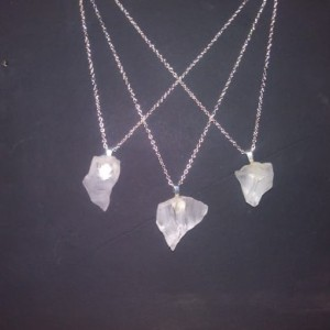 "18"" Chain Sea glass White in color"
