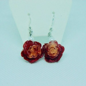 Rose flower earings, Flower flower earrings, Rose gold earrings