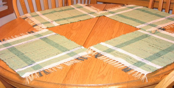 handwoven Placemats-hand woven- Recycled-Plastic Bags placemats-plastic bag placemats-woven placemats-kitchen-kitchen placemats-placemats
