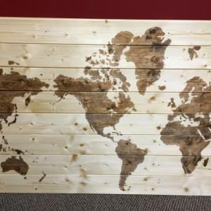 Classic World Map- 40x28