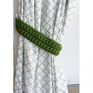 One Pair of Solid Green Tiebacks, Curtain Tie Backs Set, Drapery Drapes Holders, Thick Wool Blend Crochet Ties, Custom Sizes, Ready to Ship in 2 to 3 Days