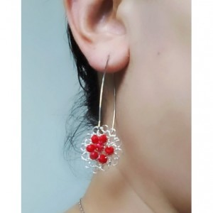 Feminine light weight earrings
