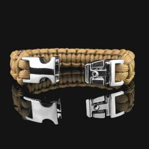 Coyote Brown Designer Unisex Braided Survival Mil-Spec Type III 550 Parachute Cord with Full Metal Alloy Quick Detach Buckle (Chrome)