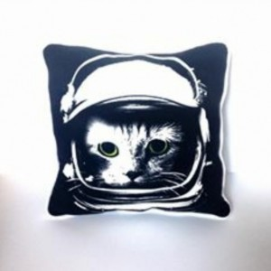 Astronaut Kitty T-shirt pillow