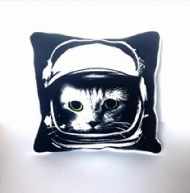 Astronaut Kitty T-shirt pillow
