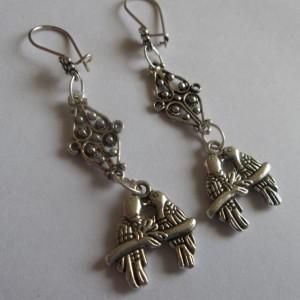 kissing love birds earrings