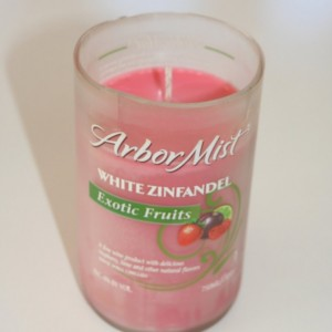 Arbor Mist Pomegranate Cider Scented Wine Bottle Soy Wax Candle 16 oz