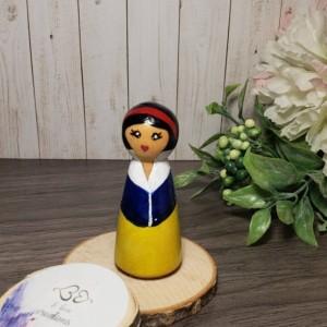 Handpainted Disney Princess wooden peg dolls: Raya and the Last Dragon peg doll; Elsa peg doll; frozen peg doll; princess peg doll