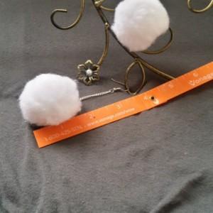White Pom Pom Earrings - Pom Pom Earrings
