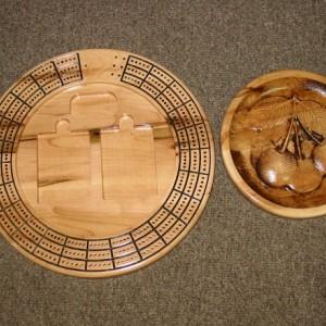 Cherry 3 track round cribbage board with storage
