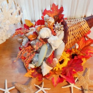THANKSGIVING Coastal Beach Holiday TABLE Centerpiece Decor - SEASHELL Cornucopia (Horn of Plenty) Centerpiece Fall decorations Autumn