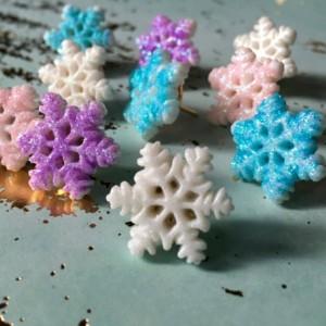 Glittery Snowflake Pushpins (set of 10), Purple Glitter, Pink Glitter, White glitter, Blue Glitter, Thumbtacks, Locker, Cubicle, cork board